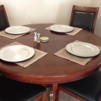 Round Dining Table & Chairs Photo