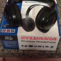 NIB SYLVANIA WIRELESS HEADPHONES SYL-WH930 w/ ALL ACCESSORIES!! GREAT INVENTION Photo