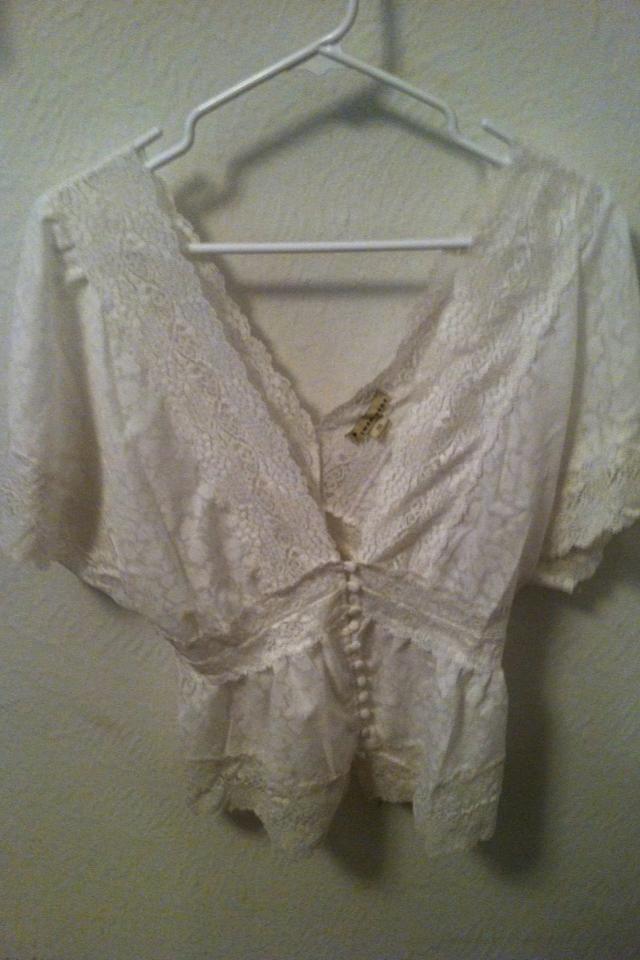 White twentyone lace blouse Photo
