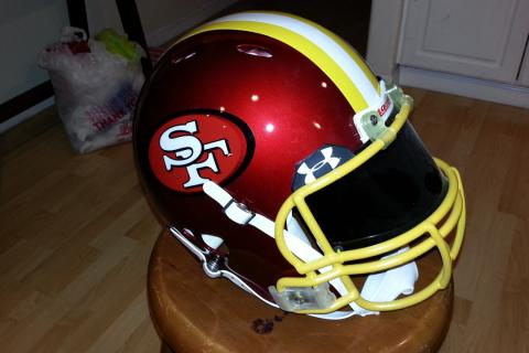 SAN FRANCISCO NINERS CUSTOM CONCEPT NFL HELMET 49ERS Photo