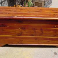 ANTIQUE CEDAR BLANKET CHEST LOVE THE SMELL Photo