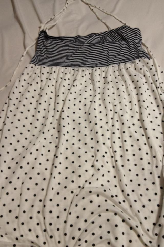Dress size small Large Photo
