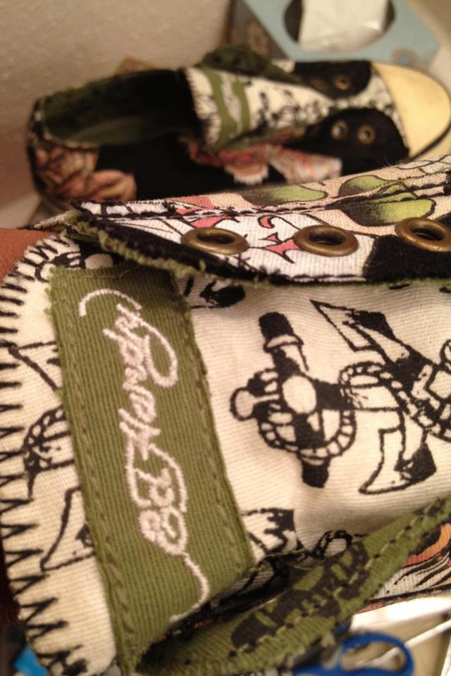 Don Ed Hardy Canvas Tiger Tattoo Sneakers  Photo