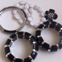 Black/White Jewelry Bundle Photo