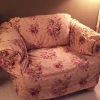 Waverly Slipcover, 4 panel drapes & 2 valances Photo
