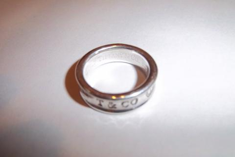 TIFFANY & CO. sterling silver ring, US size 7 Photo