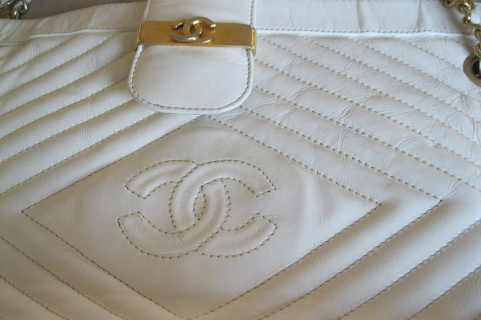 Chanel  Bag vintage authentic White  Large Photo