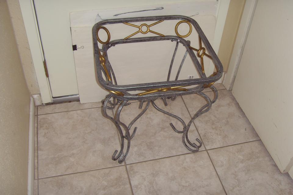 forged Iron side table Large Photo