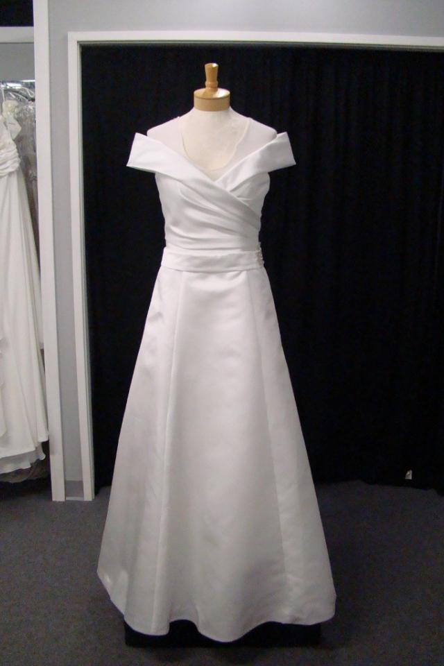 New Diamond White Satin Wedding Dress Sz 14 Large Photo