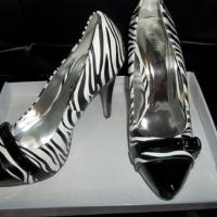 Zebra Striped High Heel Shoes Size 6M Free Ship Photo