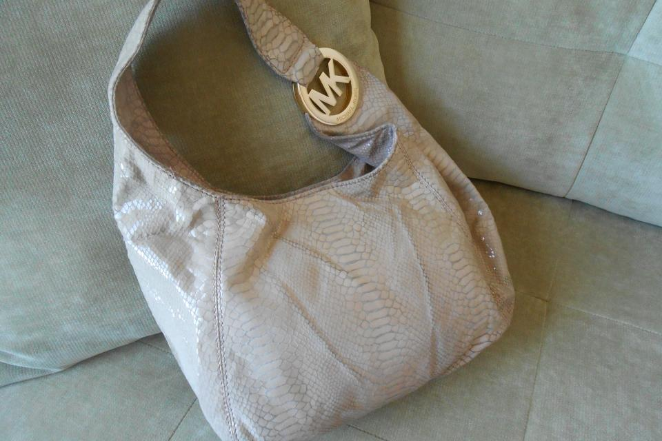 Michael Kors Hobo- pale pink, snake skin Large Photo
