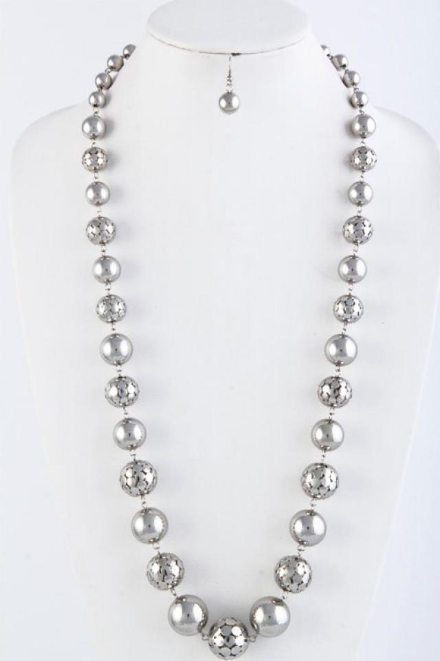 Ball chain Necklace Set Photo