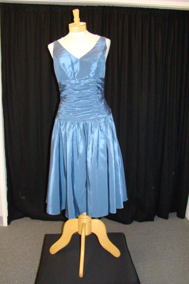 New Indigo sz 8 Taffeta Dress Large Photo