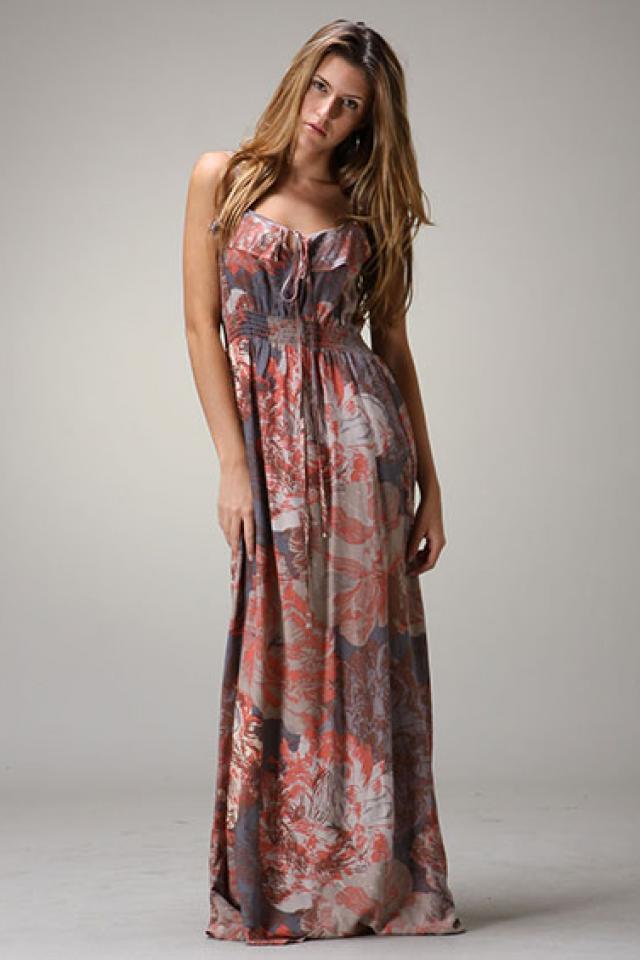 Patterned Maxi dress Photo