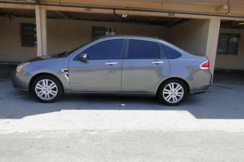 2009 Ford Focus Sedan Photo