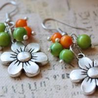 Silver Color Flower Earrings Photo