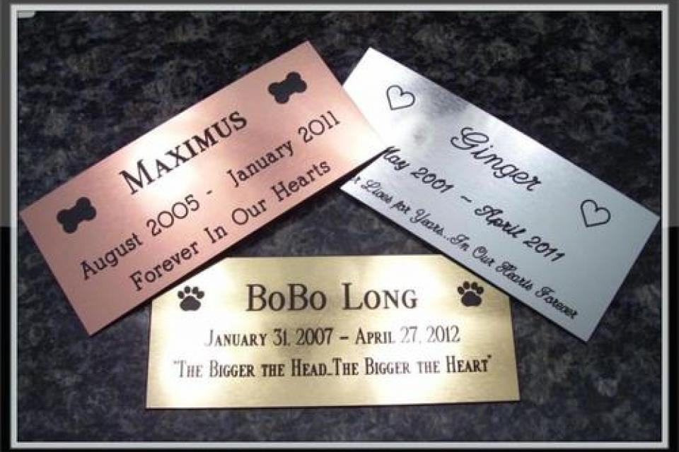 Custom Engraved Personalized PET memorial plaque indoor/outdoor Large Photo
