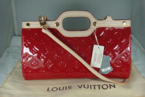 Louis Vuitton Monogram Vernis Roxbury Drive Red Leather Photo
