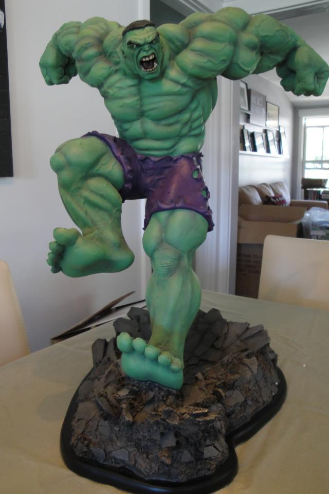 Sideshow Collectibles - Exclusive Hulk Comiquette Photo
