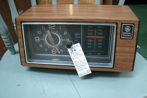 Retro/Vintage Clock Radio Photo
