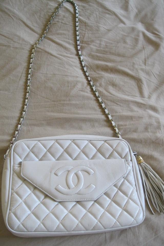 Chanel Vintage 80's white Camera Bag Photo