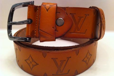 Louis Vuitton leather belt Photo