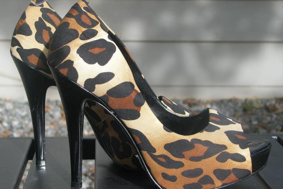 JESSICA SIMPSON♥♥ Fabric Leopard Print  Pumps Size 6 B, VERY TRENDY, LOOK!! Large Photo