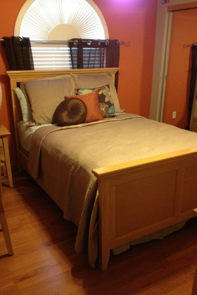 Full Bedroom Set  Photo