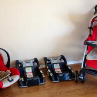 Chicco Stroller, Car Seat, and 2 bases Photo