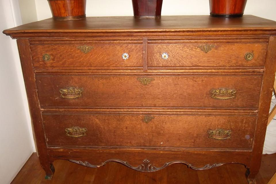 Colonial style dresser Large Photo