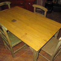 barn board table w/chairs Photo