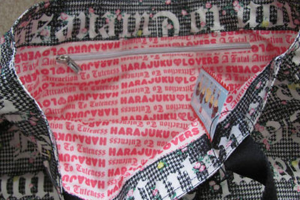 Juicy couture diaper bag Large Photo