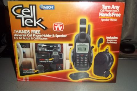Celltek Universal cell phone hilder and speaker Photo