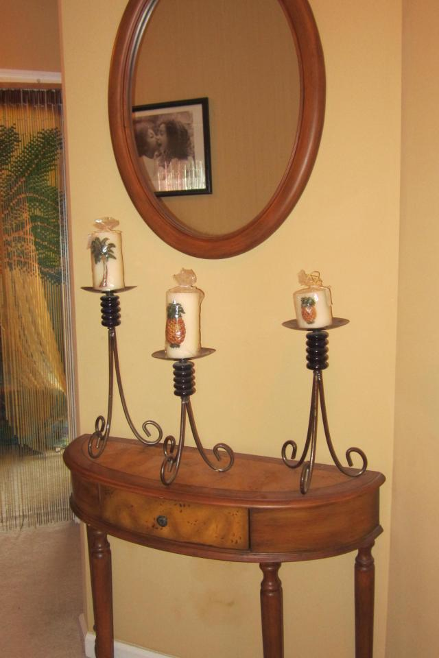 Hall Table w/ Mirror Photo