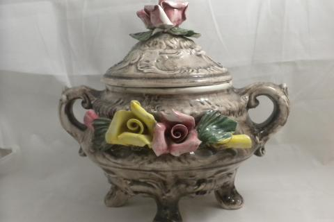 Vintage Capodimonte Footed Soup Tureen Flowers 10