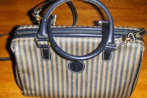 Vintage 100% Authentic Fendi Shoulder Messenger Hand bag SOLD 9/12/12 Photo