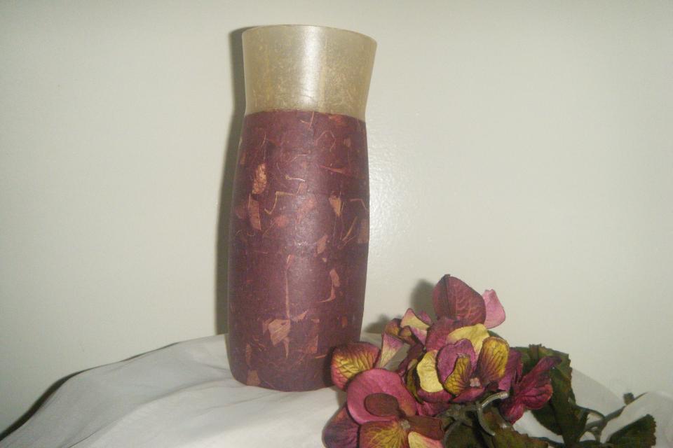 Two-tone bur-leaf vase Large Photo