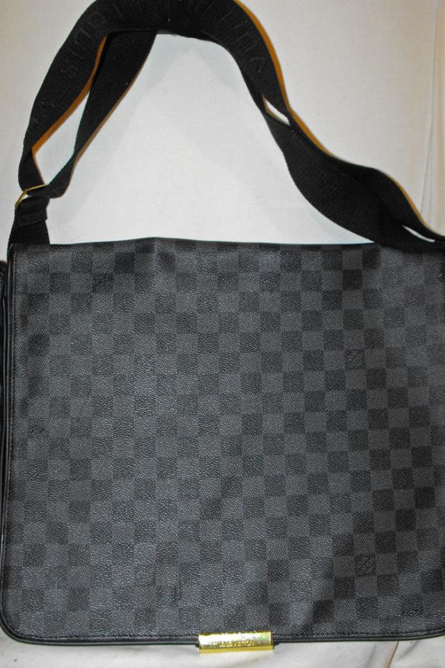 DAMIER GRAPHITE  VUITTON LAPTOP MESSENGER BRIEFCASE HANDBAG Photo
