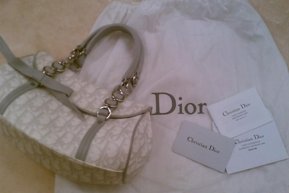 100% Authentic Christian Dior White Trotter Romantique Bag with Authenticity Card Large Photo
