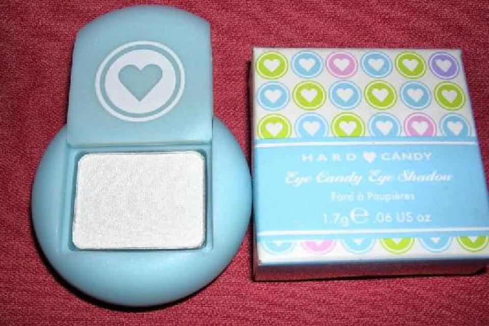 Hard Candy Eye Candy Shimmer Eyeshadow PEPPERMINT PATTY Large Photo