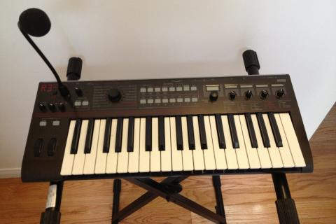 Korg R3 with Vocoder Synthesizer with Piano Stand Photo