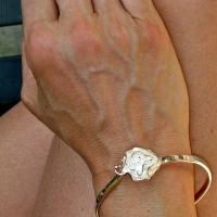Silver Flower Bangle Bracelet Photo