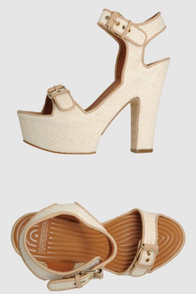 Authentic Givenchy platform Sandal Photo