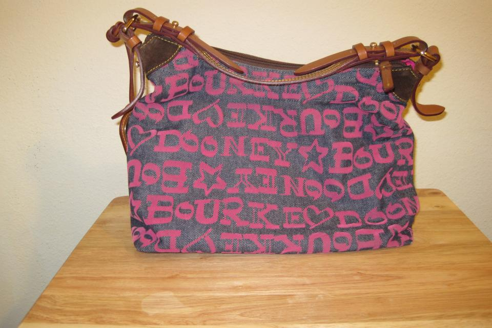 Dooney & Bourke  Large Photo