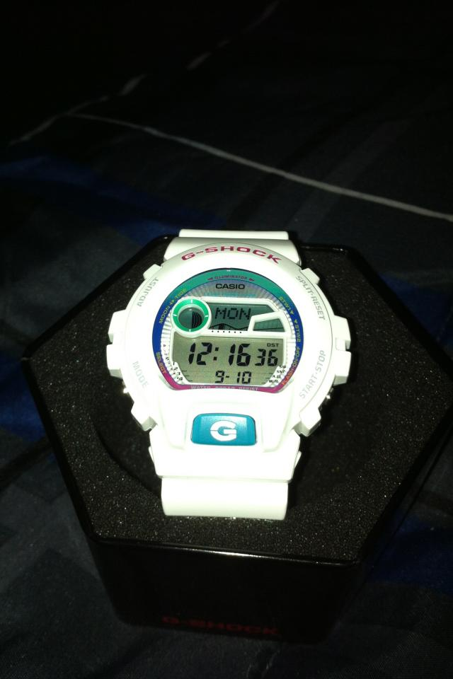 White/Color G-Shock 6900 Photo