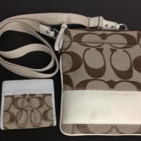 Coach messenger bag w/ wallet Photo
