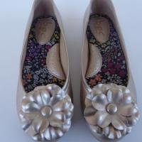 b.o.c by Born Girls Flats Metallic Gold Flower Ballet Shoes 2 & 4 Photo