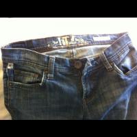 W's LIT Jeans Photo
