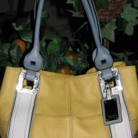 ♥♥♥TiGNANELLO♥♥♥ LARGE YELLOW LEATHER HANDBAG Bag IN STYLE!!! Photo