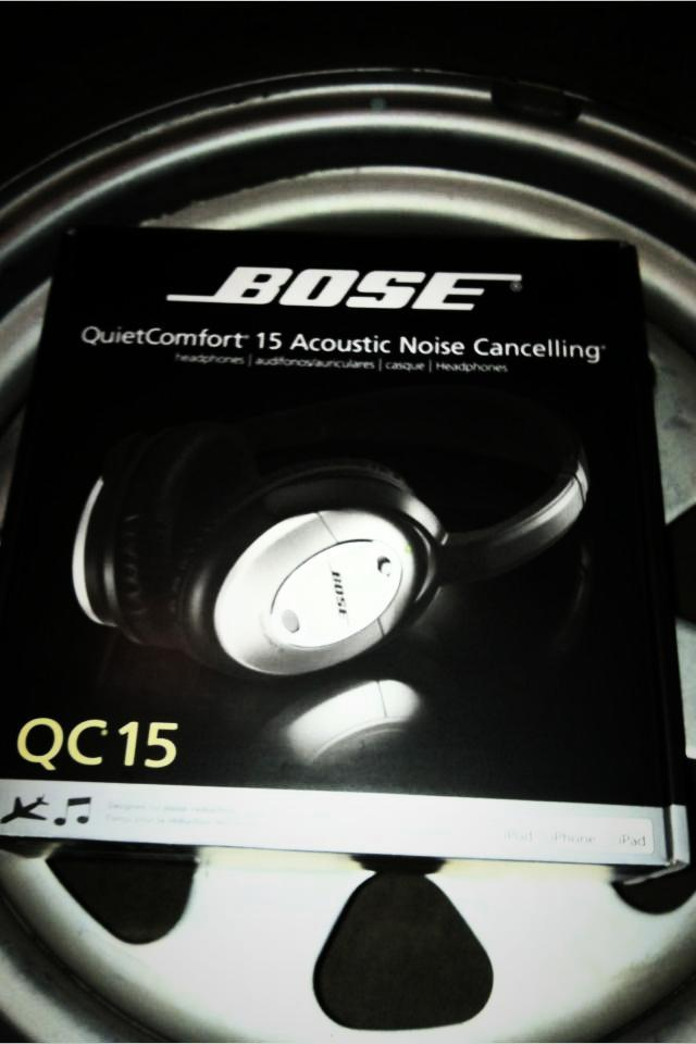 Bose QC 15 headphones Photo